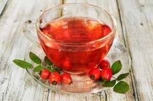 Чай на основе шиповника обогатят тело витаминами и ускорят процесс заживления