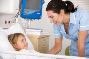 Лечение пневмонии должно проходить в условиях стационара