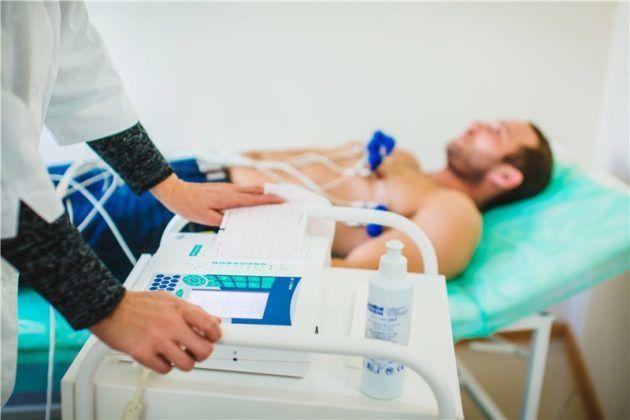 Пациентам с заболеваниями сердца противопоказаны некоторые диагностические процедуры