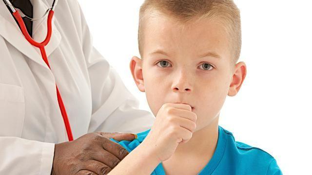 При присутствии кашля на протяжении месяца стоит обратится к врачу