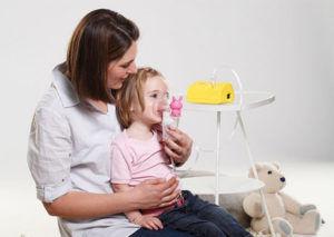 Принцип работы небулайзера заключается в распылении лечебных растворов