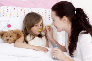 Ребенку дополнительно необходимо принимать муколитики для разжижения мокроты