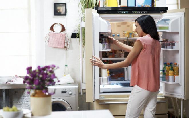 Сиропы и капли нужно хранить внутри холодильника
