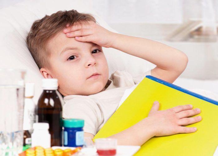 Дыхание ребенка становится тяжелым и учащенным