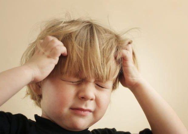 Что делать, если болит живот у ребенка и температура