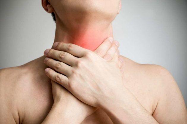 Гортанный кашель сопровождается першением в горле