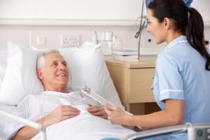 Лечение в стационаре требуется при усилении отдышки