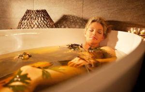 Согревающие ванны для лечения сухого кашля