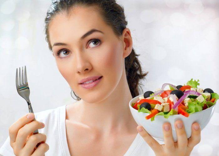 Употреблять легкую пищу
