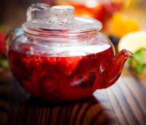Чай с сушеной малиной