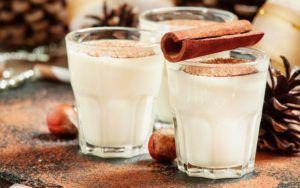 Молочно ореховый коктейль для лечения кашля
