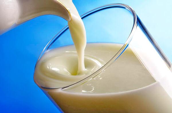 Молоко с жиром для лечения кашля