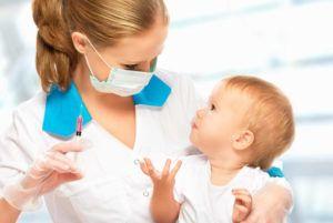 Прививка ребенка