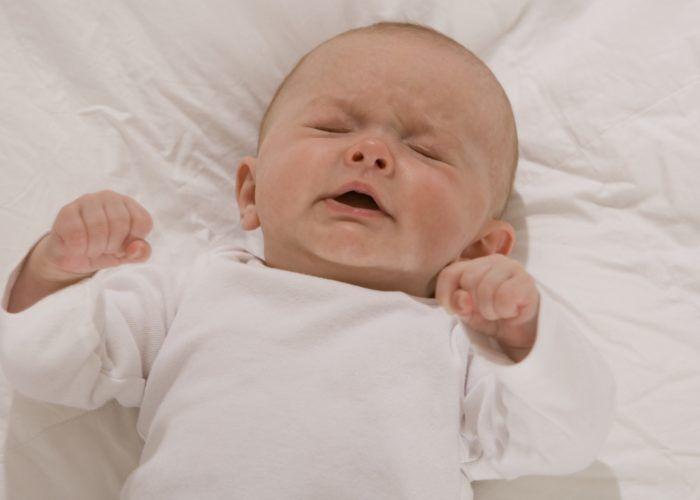 Судороги в анамнезе в периоде младенчества