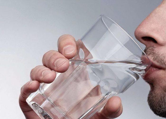 Из-за воздействия на железы, производящие секрет, возможно развитие повышенной жажды и сухости во рту