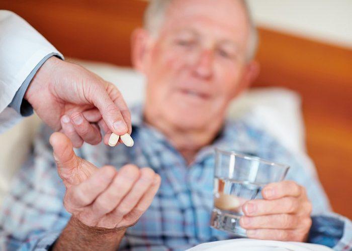 Пожилые больные и старики