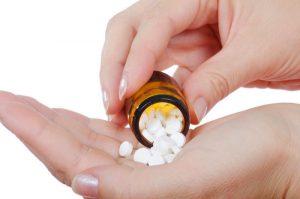 Суточная дозировка составляет 400 мг. антибиотика, то есть принимать нужно 1 таблетку в день