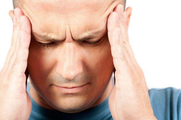 Во время приема препарата побочным эффектом могут возникнуть головные боли